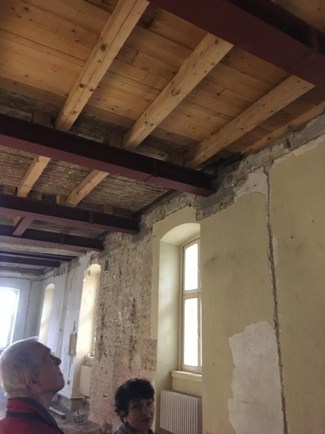 Stahlträgerverstärkung der Decke über EG im Restaurantküchenbereich